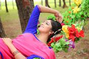 Hari Priya Glamorous photos-thumbnail-8