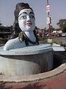 Aaiye Bhramar ka Dard aur Darpan photo par click