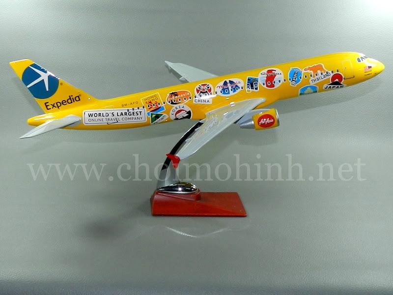 Mô hình máy bay dân dụng AirAsia - Expedia Airbus A320