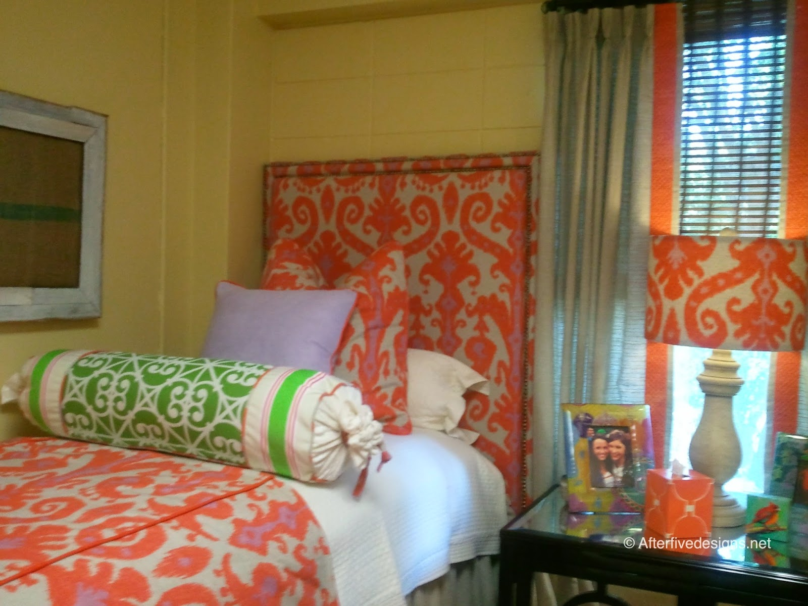 Decorating Ideas > Go Overboard  23 Stylish Dorm Room Ideas  Southern Living ~ 063030_Southern Dorm Room Ideas