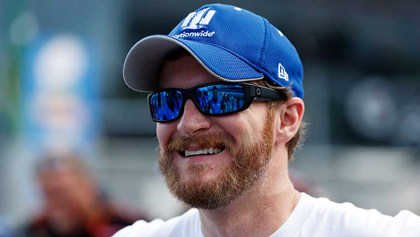 Meet #NASCAR Sprint Car Chase Driver Dale Earnhardt Jr.