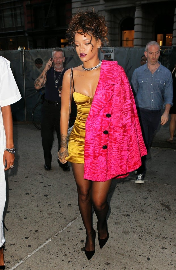 Rihanna wears extravagant look for dinner in New York