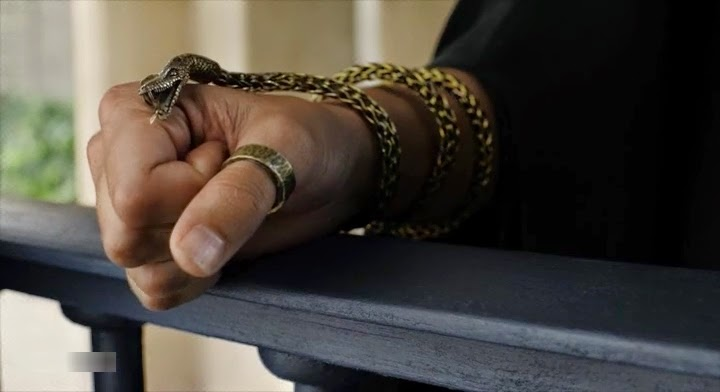 HBO Game of Thrones s05e02: Snake bracelet Dorne