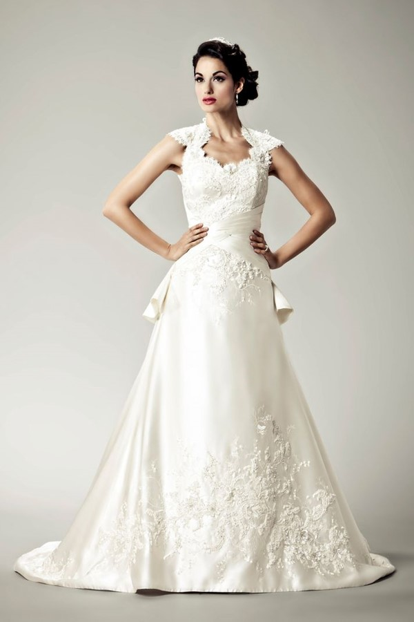 Honey Buy: Divine Wedding Dresses for the Vintage Glam Bride