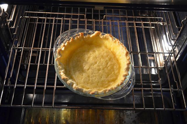 Skinny-Pumpkin-Pie-Recipe-Bake-Crust.jpg