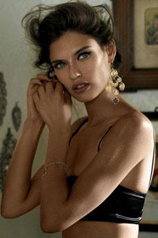 Bianca Balti joyas Dolce & Gabbana