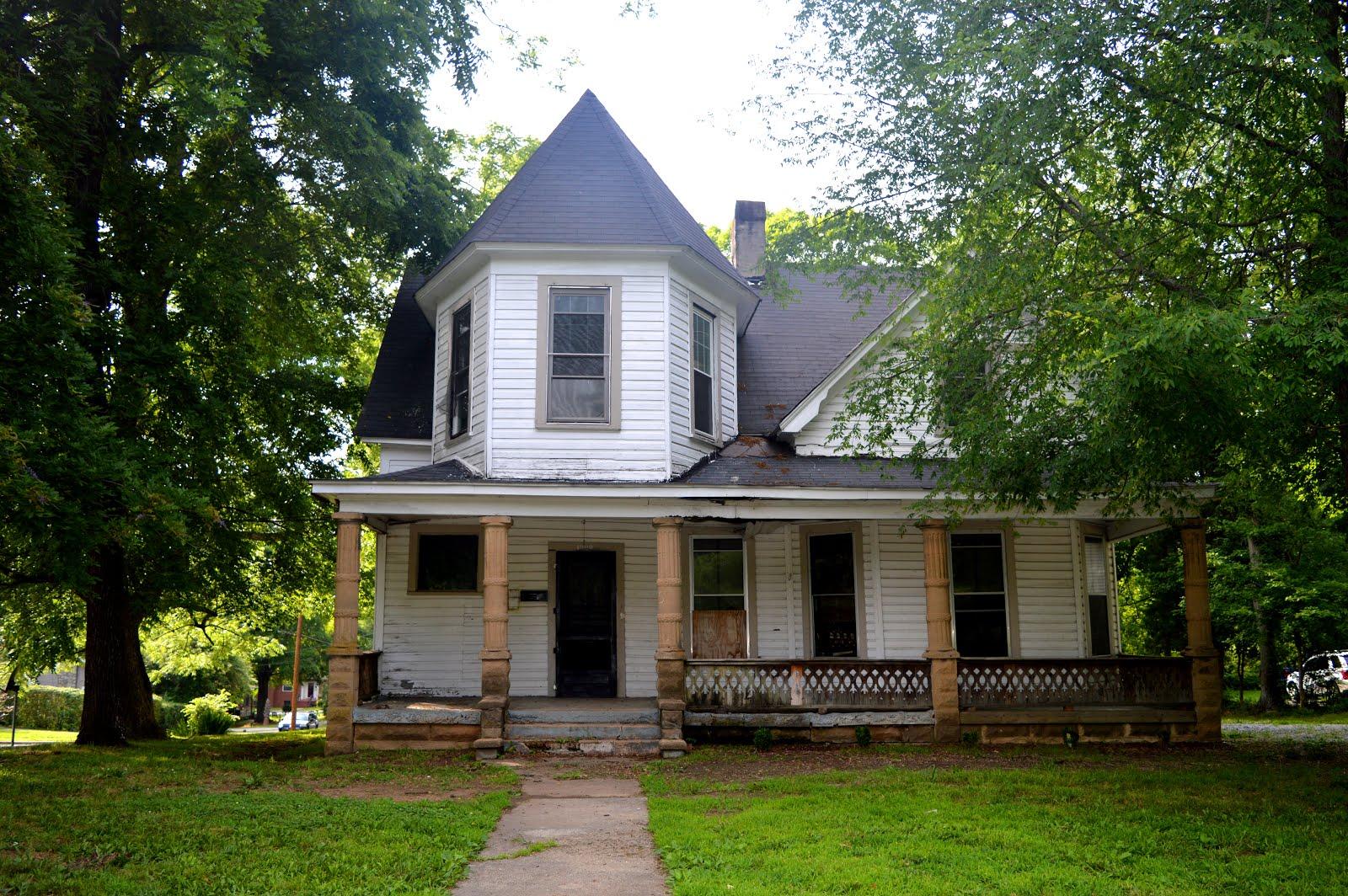 1008 N. Main Street, Salisbury NC ~ circa 1900 ~ $27,500