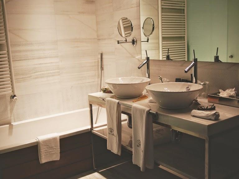 hotel sa cabana room