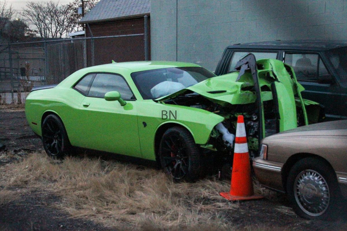 Owner Crashes 707HP Dodge Challenger Hellcat an Hour After ...