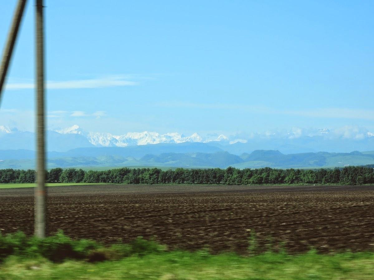 горы по дороге на Кавказ