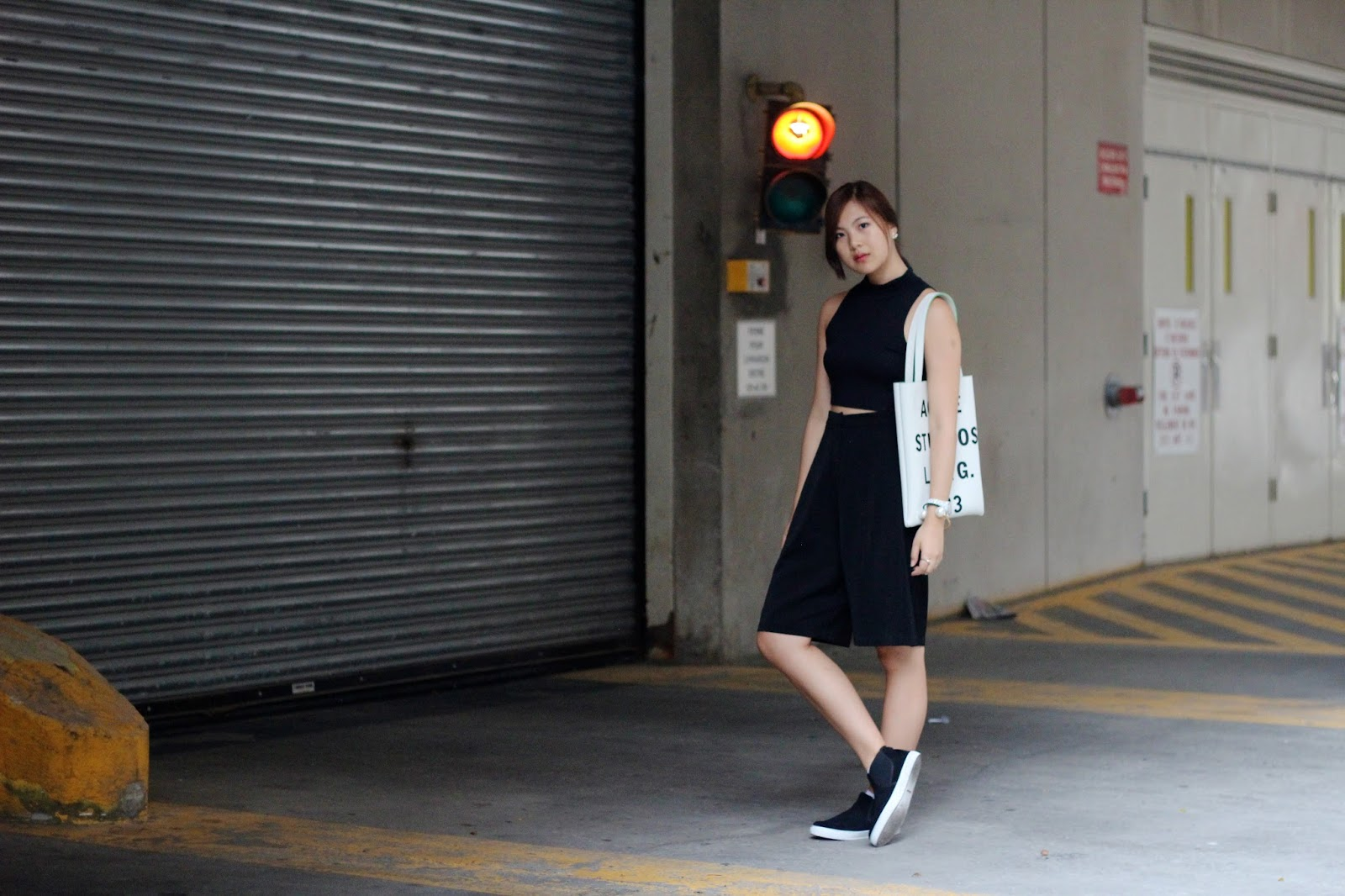 acne studios tote fashion blog