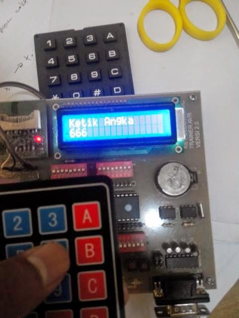 Display seven segment + LCD 2x 16 dengan input  keypad
