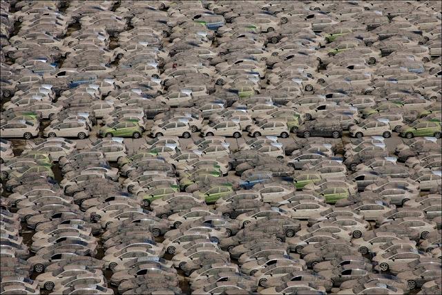 уничтожение японских машин после наводнения