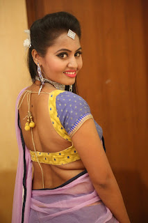 Actress Neetha Sizzling pics in half saree 009.JPG
