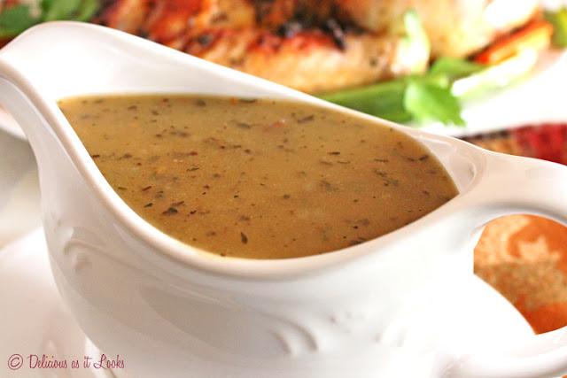 Low-FODMAP Turkey Gravy  /  Delicious as it Looks