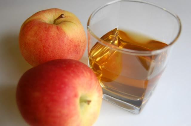 10 Reasons to Drink Apple Cider Vinegar