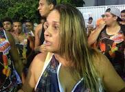 Foliã acusa seguranças do bloco Largadinho de agredi-la: 'Me deixaram nua'