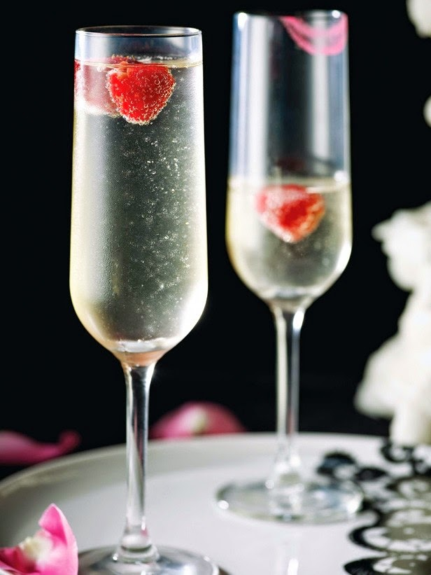http://www.cookingchanneltv.com/recipes/nadia-g/remixed-champagne-kirs.html