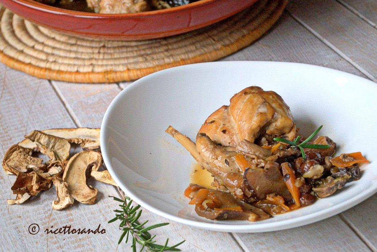 Coniglio ai funghi in salsa di soia ricetta di carne bianca in salsa di soia