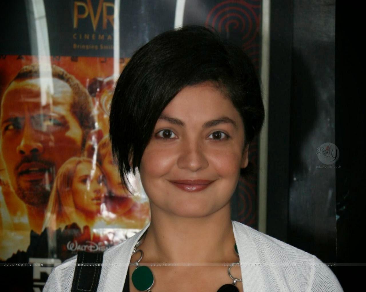 Rahul Bhatt And Pooja Bhatt Pooja Bhatt  Indian Actress
