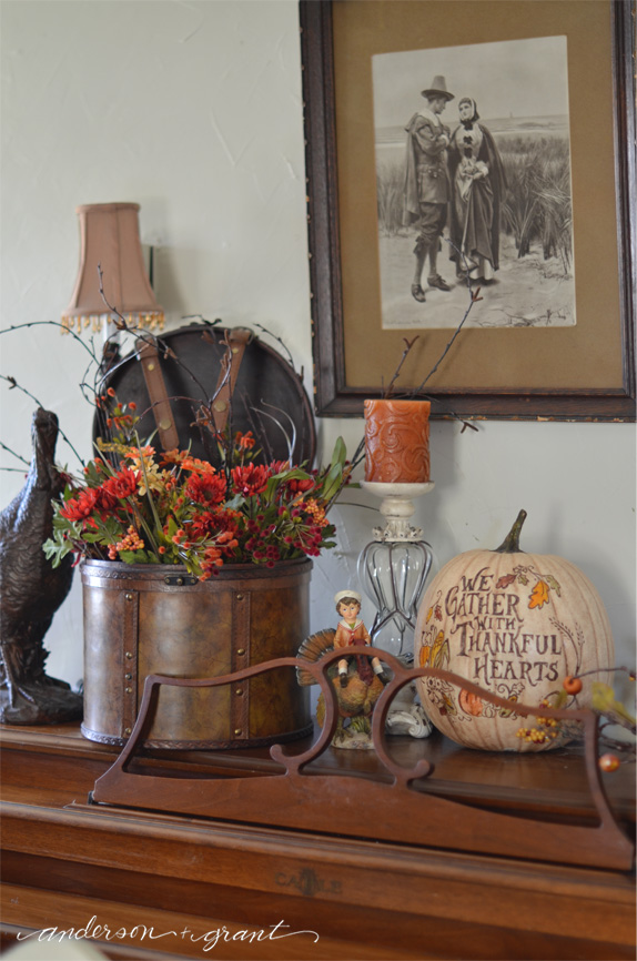 Check out the unique touches of Thanksgiving in this display | www.andersonandgrant.com
