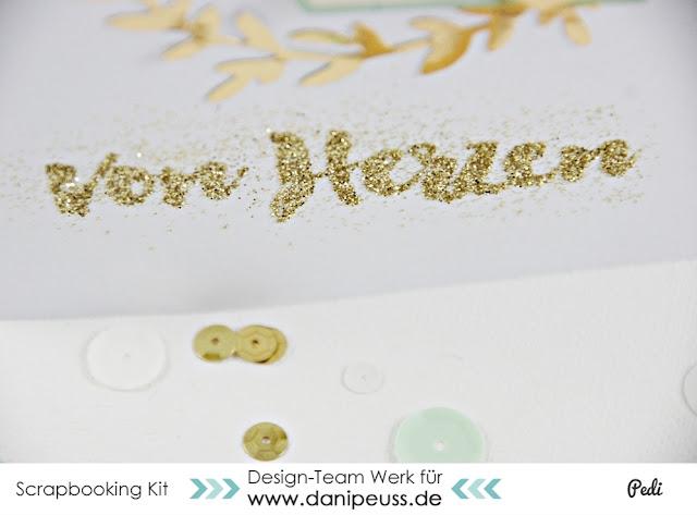 http://danipeuss.blogspot.com/2015/12/kartenchallenge-007-glitter.html