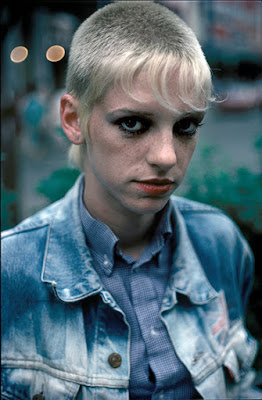 Rencontre skinhead girl