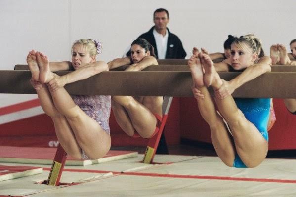 gimnastka-smotret-onlayn-porno
