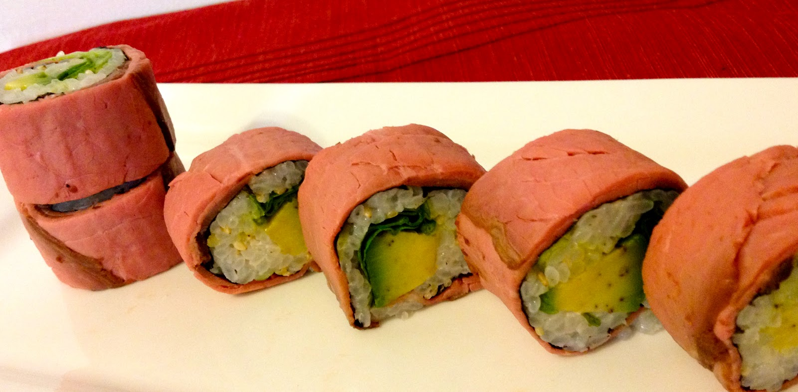 Poppin' kitchen: Roast beef roll sushi
