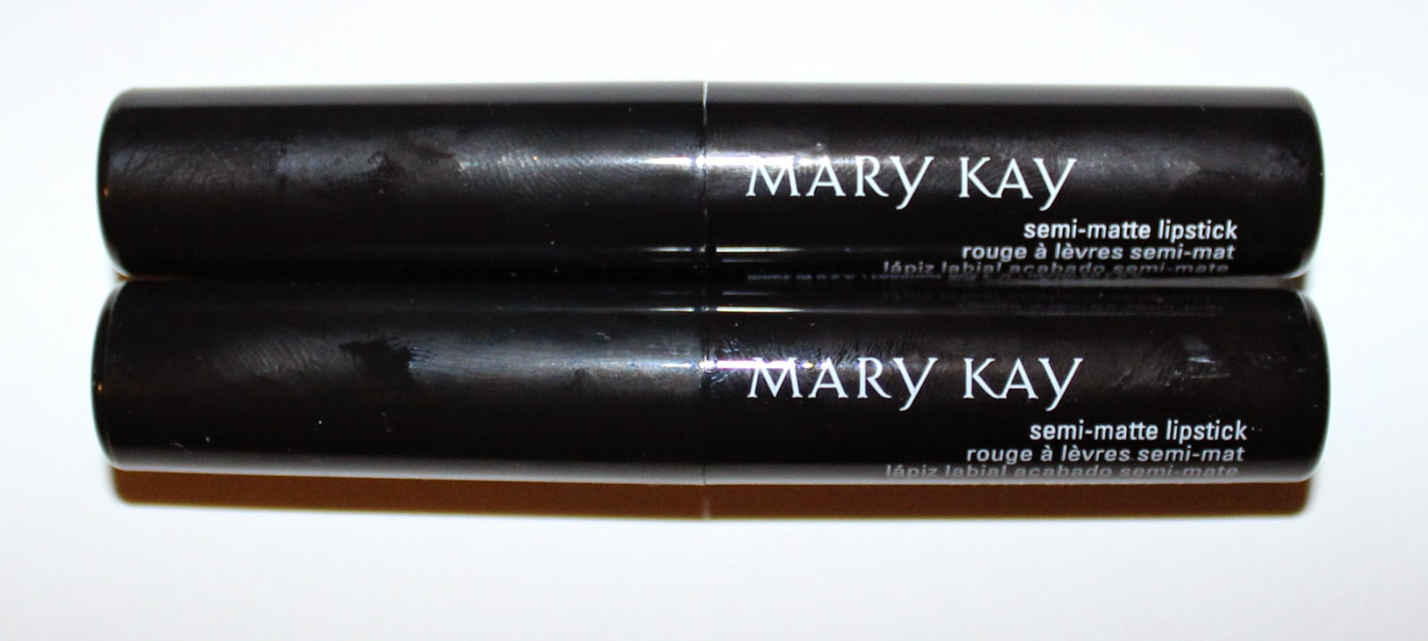 Mary Kay Semi-Matte Lipstick in Pink Moonstone & Ruby Night