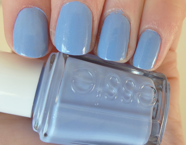NOTD Essie Bikini So Teeny Review & Swatches