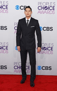 People's Choice Awards, Revolution. JD Pardo