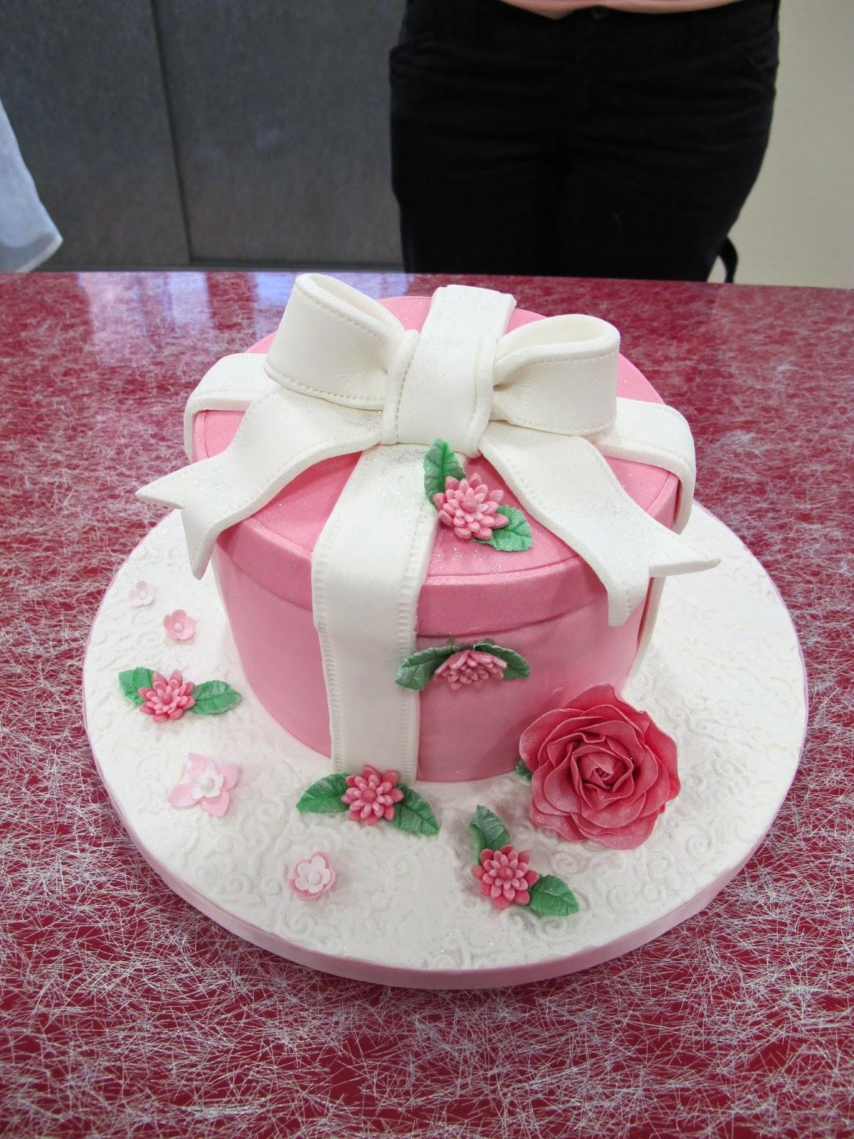Crazy cake cake design thionville metz luxembourg crazy cake academy - Boutique orange thionville ...
