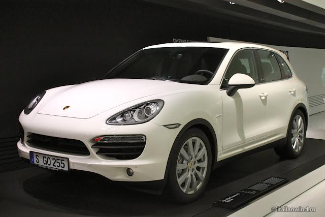 Porsche Cayenne S Hybrid, 2010 г.