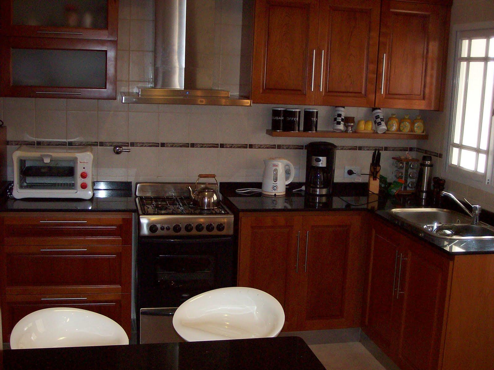 Perren amoblamientos diferentes modelos de cocinas for Modelos de cocina comedor pequenos