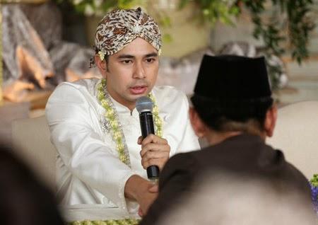 Wajah Tegang Raffi Ahmad di saat mengucapkan ijab Qabul di depan Penghulu