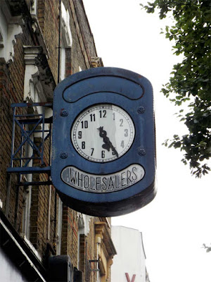 wholesalers clock stoke newington london