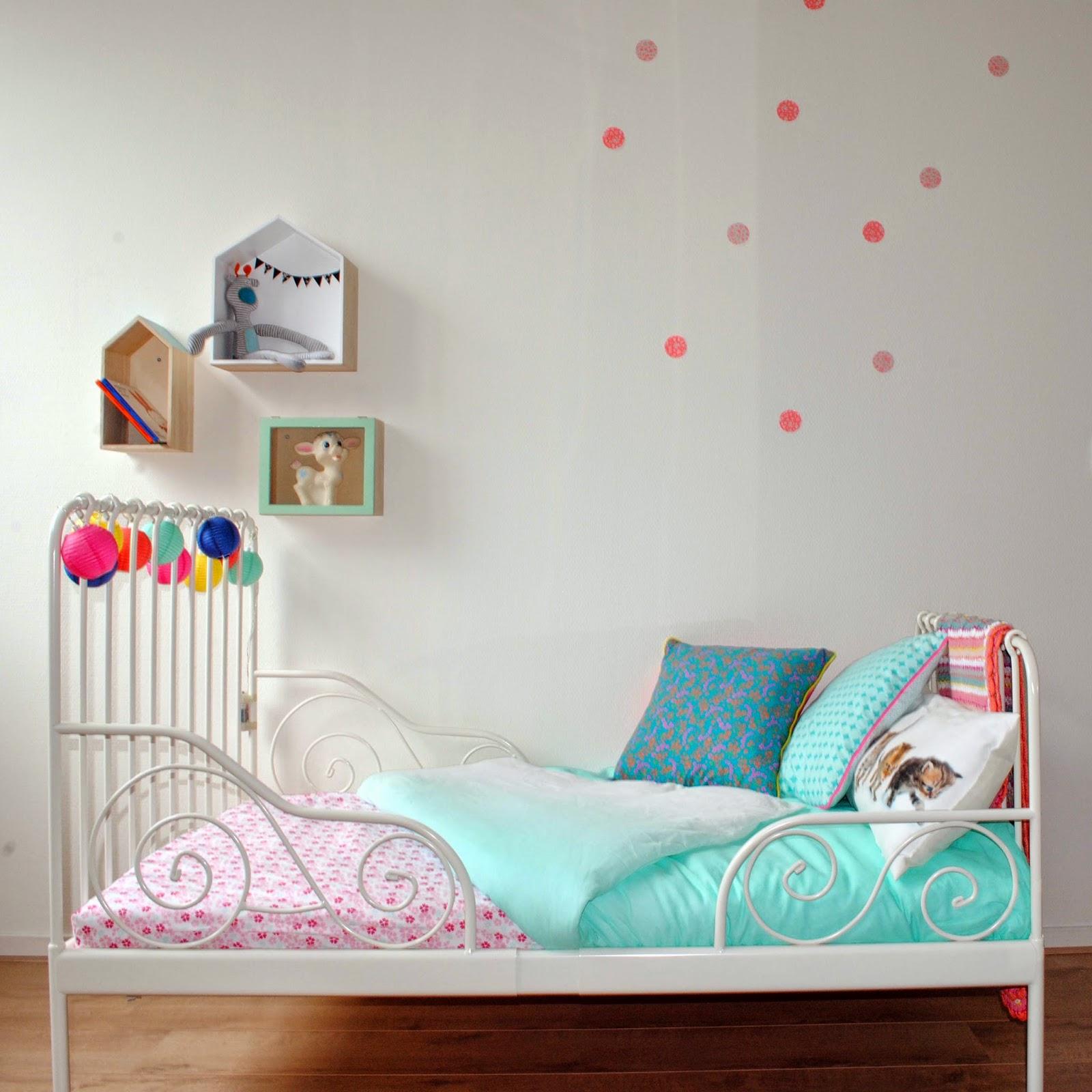 Tuutsjes: bregjes grote bed