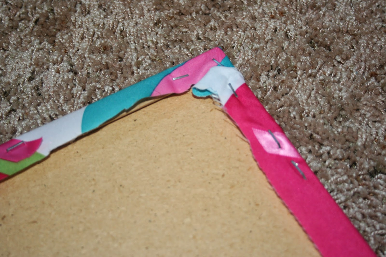 sweet dreams my child blog how to make a memo board diy stretch ribbon across the front of your memo board use furniture or decorative thumb tacks to secure the ribbon where it criss crosses and secure the ends