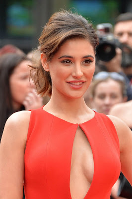 """Nargis Fakhri Mega Cleavage Show In Red Dress At """"Spy"""" UK Premiere At Odeon Leicester Square, London"""