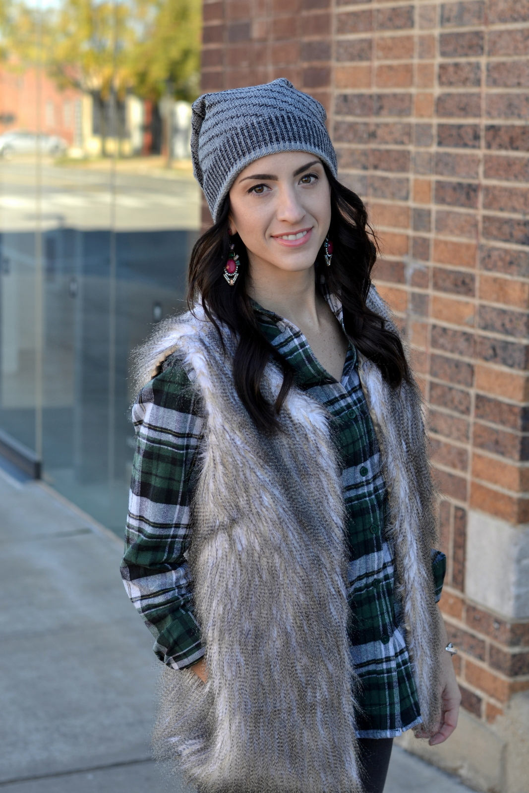Droplet Earrings_Beanie_Fur
