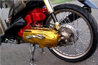 Gambar Modifikasi Motor Honda Beat Hitam
