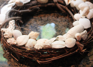 How to make a sea shell wreath