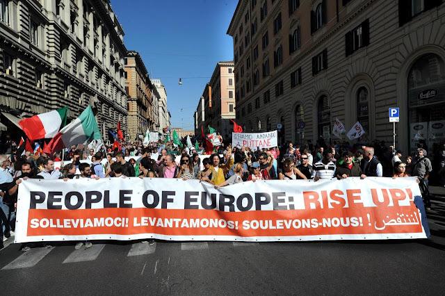 Indignados – Itália: DEZENAS DE MILHARES DE MANIFESTANTES A DESFILAR EM ROMA