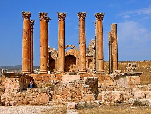 Sự phân kỳ của triết học Hy Lạp - La Mã cổ đại