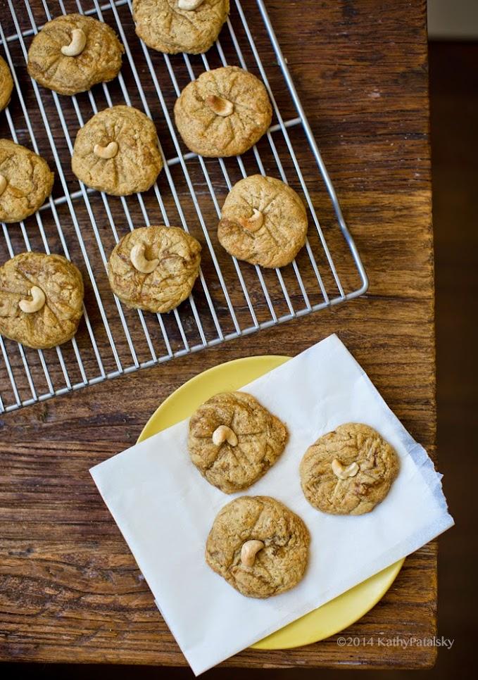 2014_07_17_cashew-cookies_9999_23cashew-cookies.jpg
