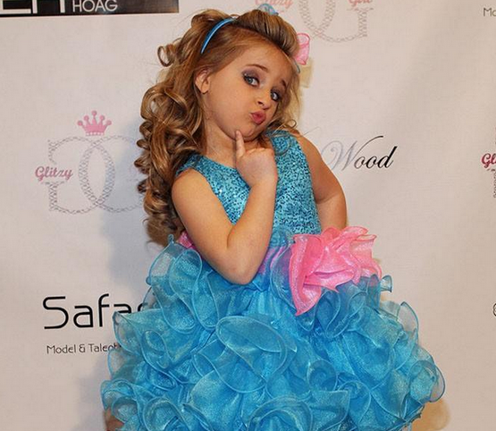 a discussion on children participating in beauty pageants