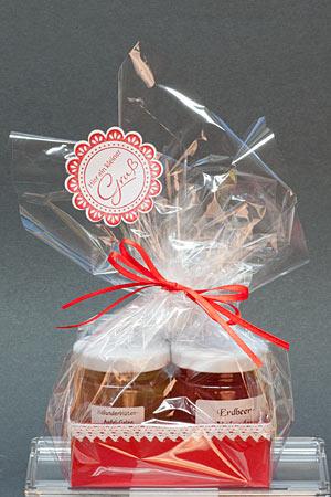 Bastelhandwerk.at: Marmeladen als Geschenk verpackt