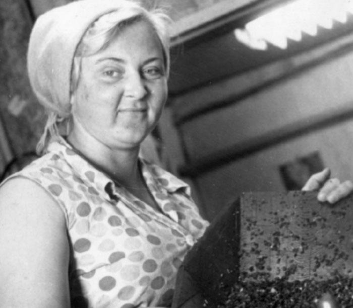прииск Восточный промывальщица золота на ШОУ