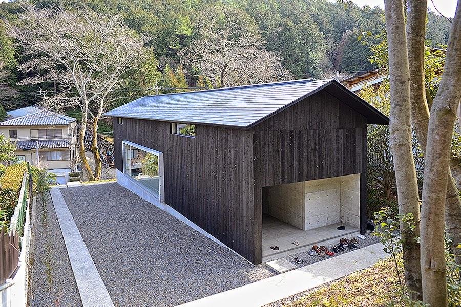 自転車の 京都駅 自転車置き場 : 河西立雄による京都の自邸「音 ...